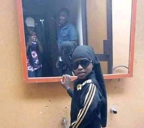 Omwana yeyita Fresh Kid