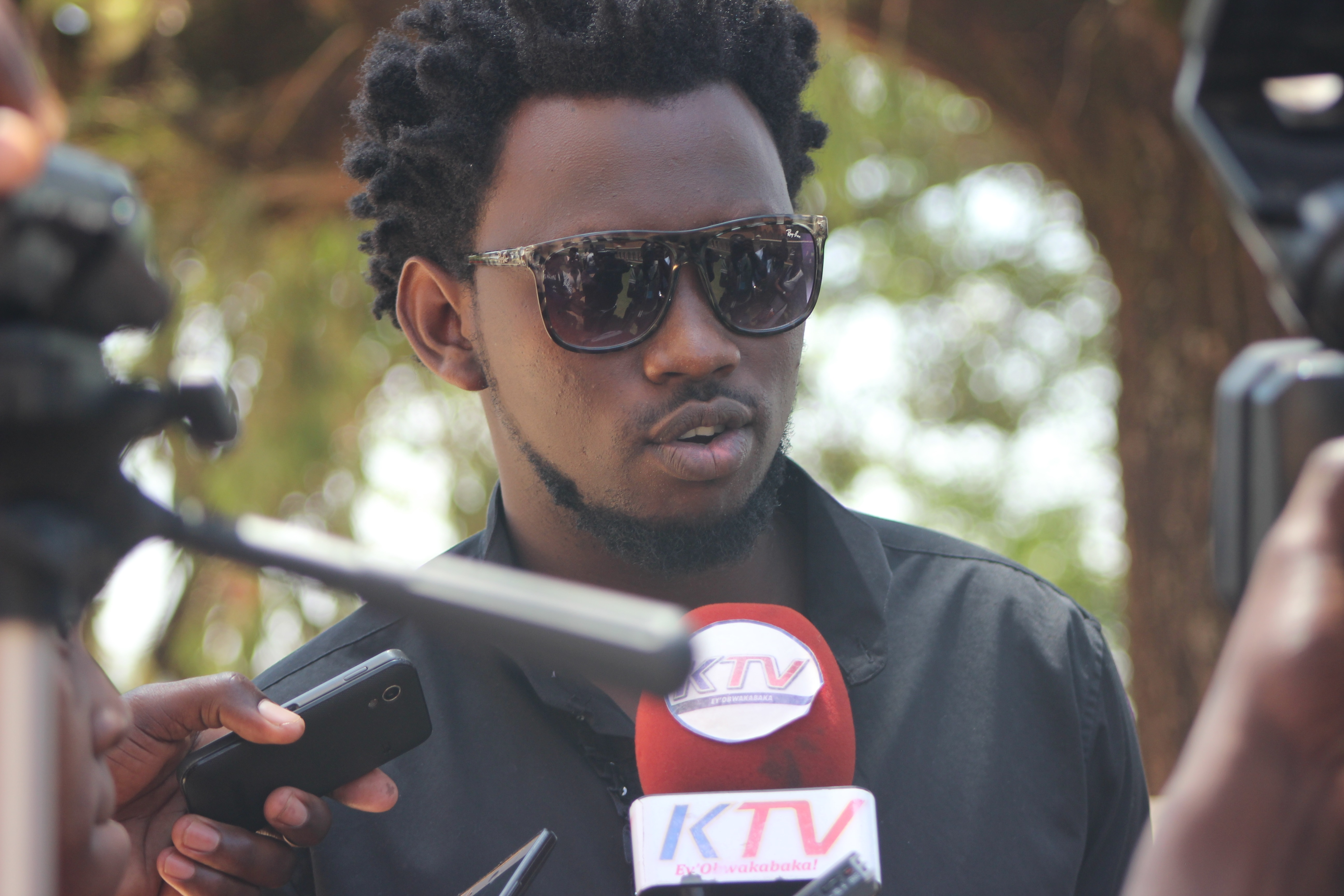 Budding singer Levixone from Leone Island was at the prayer service