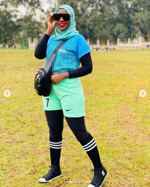 Remmie stepped out hot but remained decent in sports jersey